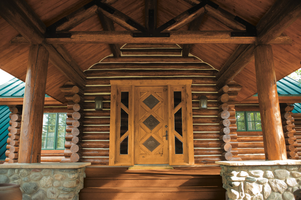 Interesting Decorations for Your Exterior Wood Entryways